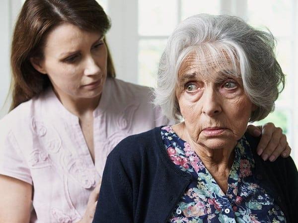 Как правильно общаться с пожилыми людьми