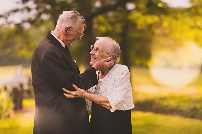Поддержка в пожилом возрасте